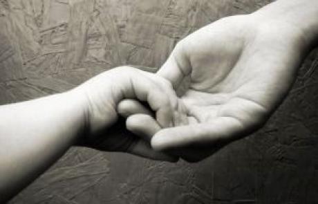 אסתר טאנג'י – הרצאת מבוא לסדנא – תהיי הורה מאמן לילד שלך