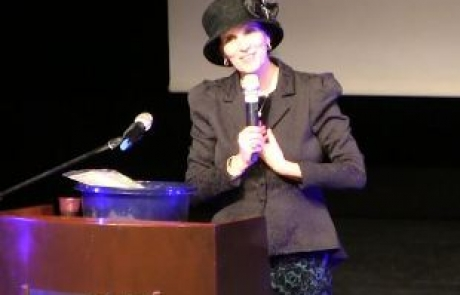 R' Yemima Mizrachi – P' Va'era / Mama Rochel  – with Multilingual Translation