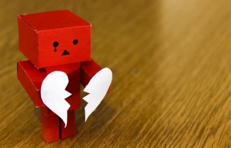 מי מבקש להתקלח כשהוא יושב שבעה – הרהורי הלב על שאנחנו מסוגלים לקצת יותר..   ענבל דרעי